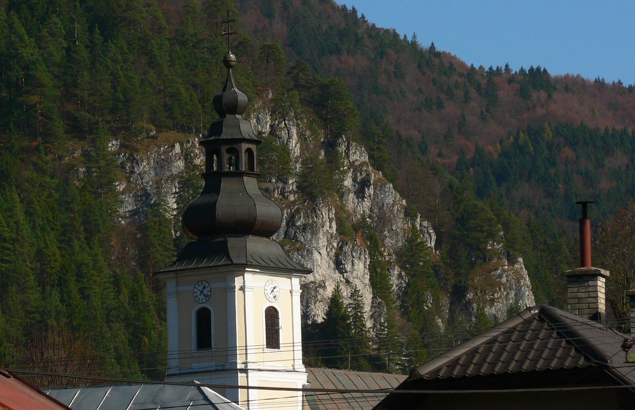 vyhliadka-ziar-nad-liptovskou-osadou